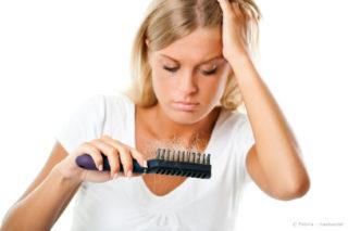 Haarausfall erkennen und richtig behandeln